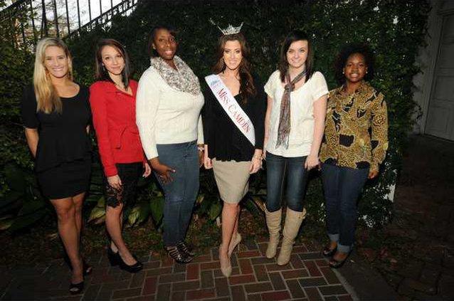 miss contestants 2013.JPG
