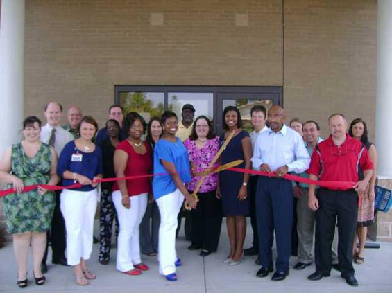 Lugoff-Elgin Dialysis ribbon cutting