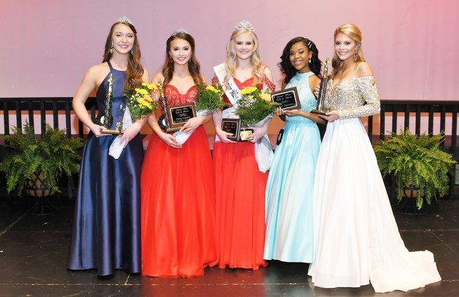 Junior Miss Gold and Black winners 2019 (Web).jpg